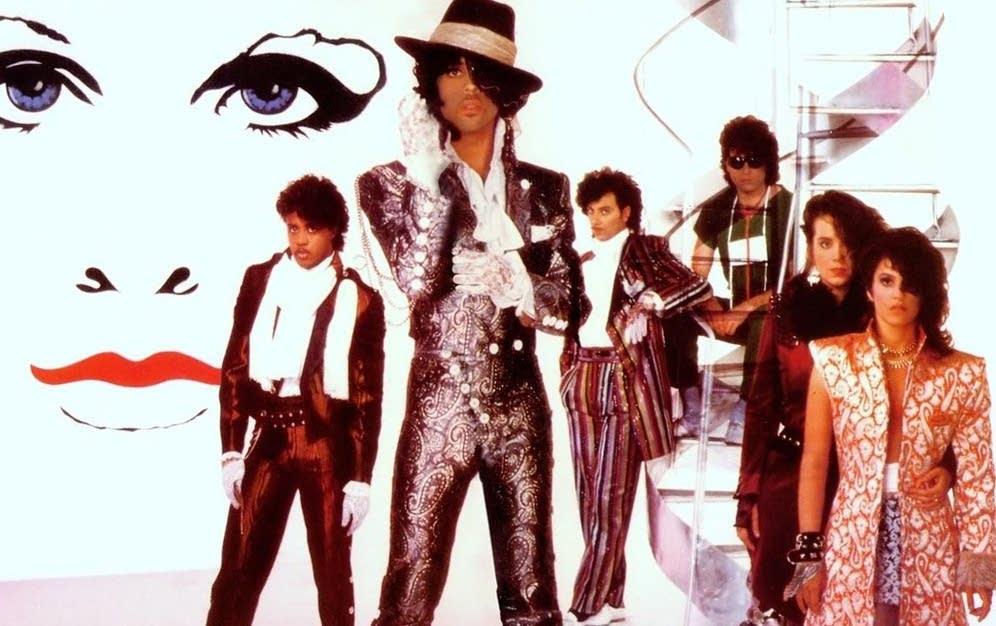 e487be-20120219-prince-revolution
